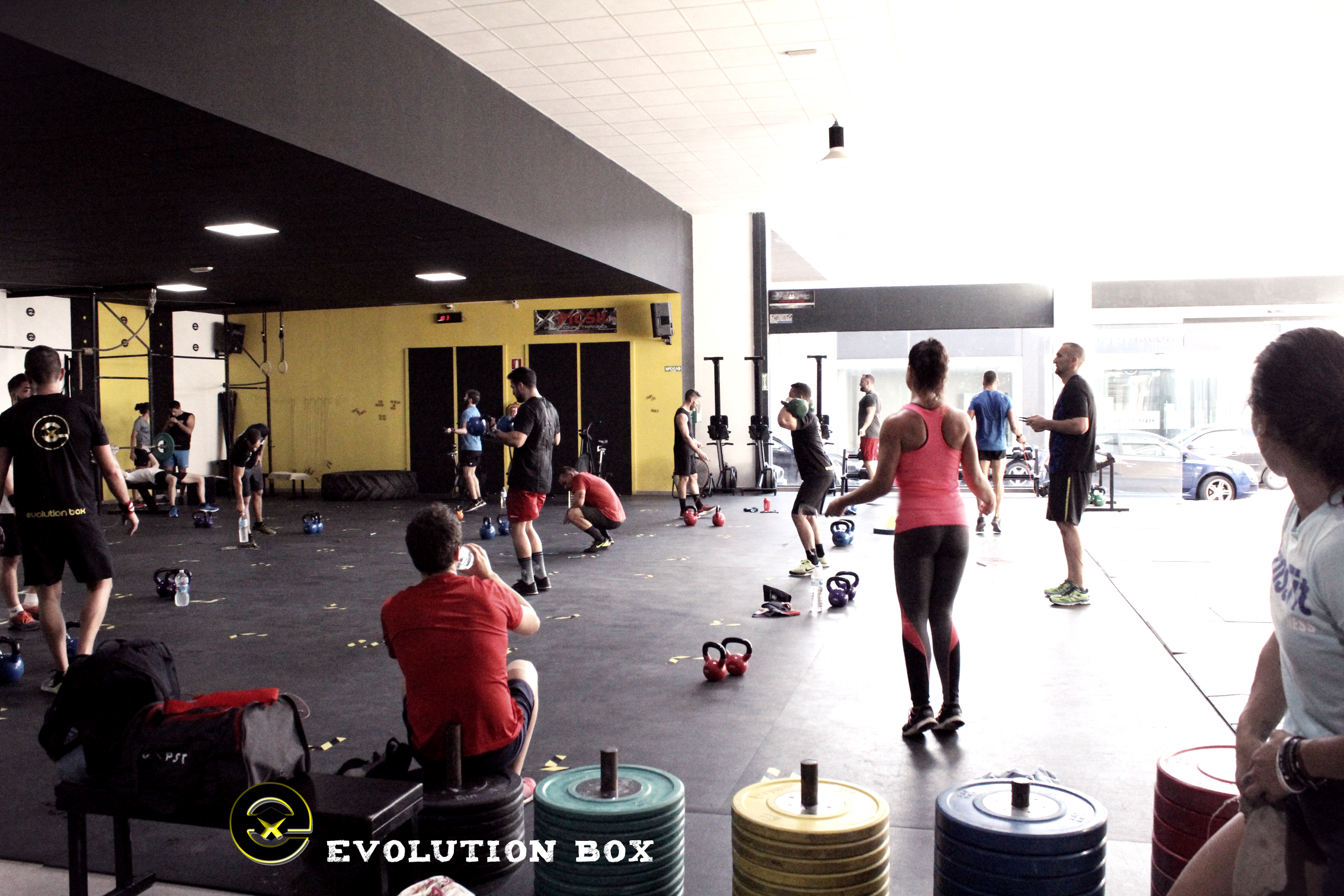 evolution box centro de crossfit valencia entrenamiento entrenador personal